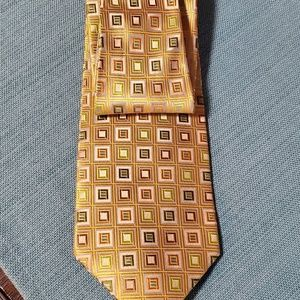 Dona Dona 100% silk yellow green orange tie